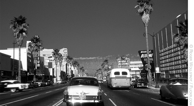 LA Wilshire Blvd by Roger Wollstadt via Flickr.com